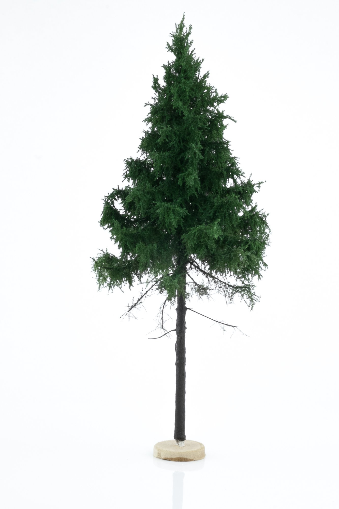 Hand-made, green, forest spruce tree model. Size between 26 and 28 cm. Made from high quality model supplies by Primo Models.