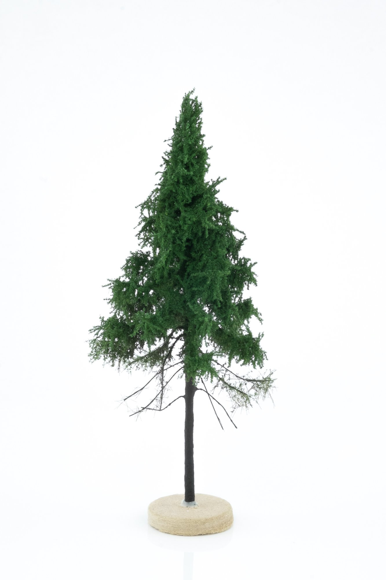Hand-made, green, forest spruce tree model. Size between 14 and 16 cm. Made from high quality model supplies by Primo Models.
