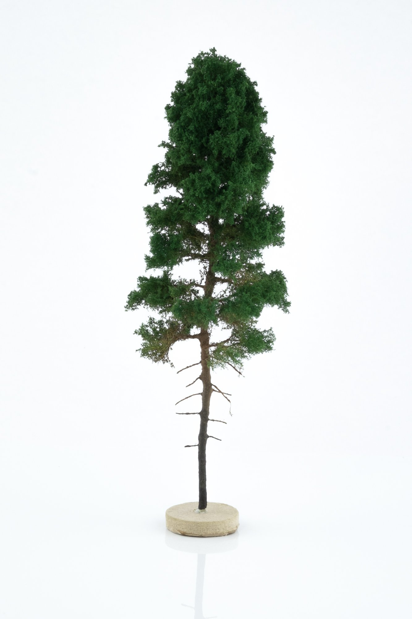 Hand-made, green, pine tree model. Size between 18 and 20 cm. Made from high quality model supplies by Primo Models.