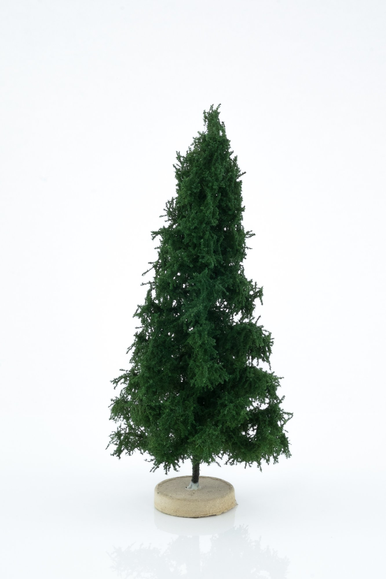 Hand-made, green, spruce tree model. Size between 14 and 16 cm. Made from high quality model supplies by Primo Models.